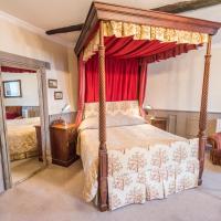 The Castle Hotel, hotel in Llandovery
