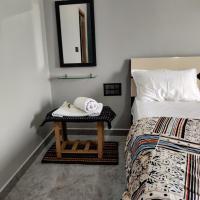 LEE HOMESTAY, hotel in Hampi
