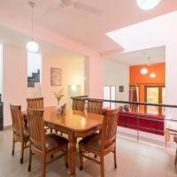 Entire 3 BHk villa candolim, Goa, отель в городе Аугада