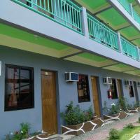 RedDoorz Hostel near Hundred Island National Park, hotel in Alaminos