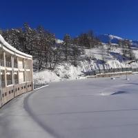 Hotel Lago Losetta, отель в Сестриере