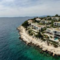 Golden Rays Luxury Villas & Apartments, hotel in Primošten