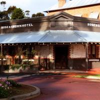 Rose & Crown Hotel, hotel in Perth