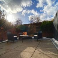 KingsCross Zone 1 Studio & Stunning Private Garden
