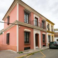 Taateful Holiday Home in Villaverde del Río with Pool