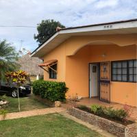 Cozy Country Home, hotel in Las Tablas
