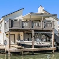 Exceptional Vacation Home in Jamaica Beach home, hotel in Jamaica Beach, Galveston