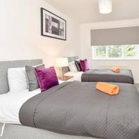 Tunbridge House with Free Parking, Garden & Smart TV with Netflix by Yoko Property