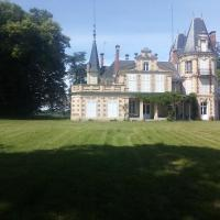 Château de Maucouvent、ヌヴェールのホテル