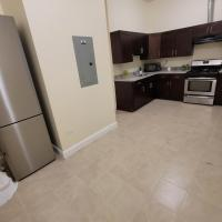 4 bed 2 bath minutes from downtown