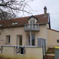 House with 4 bedrooms in Fenay with enclosed garden and WiFi, hotel near Dijon Bourgogne Airport - DIJ, Fénay