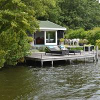 Scenic Lakeside Holiday Home in Kortenhoef