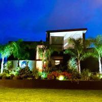 Private Papamoa Beach Paradise, hotel in Papamoa