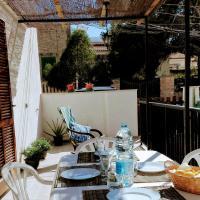 Sa Cala Beach House, hotel in Cala Figuera