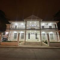 WHITE HOUSE, hotel em Guayaquil
