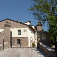 Corte Della Rocca Bassa, hotell i Nogarole Rocca