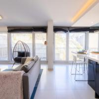 Glamorous City side 1BR Apt - Private Terrace and Parking
