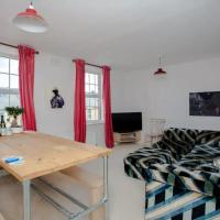 Modern and Cosy 1 Bedroom Top Floor Flat in East Dulwich