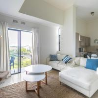 Modern apartment in a secure golf estate.WIFI