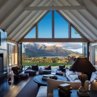 Aroha Homestead Luxury Holiday Home by MajorDomo