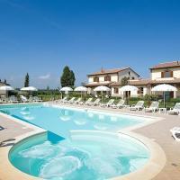 Villa in Cerreto Sleeps 5 with Pool and Air Con, hotell i Cerreto di Spoleto