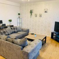 Modern 2 Bed Apartment, Close to Gla Airport & M8