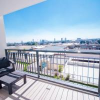 Real View Towers W305 by Casago