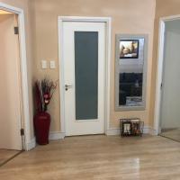 Luxurious executive apartment close to Sandton City