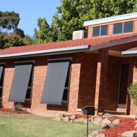 HENDERSONS HOUSES - Emu Place, hotel em Wagga Wagga