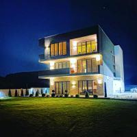 Papa Apartments, hotel em Berovo