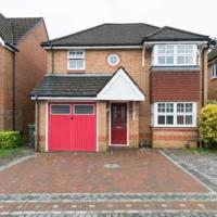4 Bed House with Private Garden next to Cardiff!