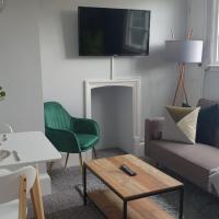 Cosy Luxe 1 Bedroom Apartment Cowley