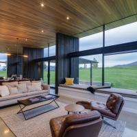 The Woolstore Luxury Holiday Home by MajorDomo, hotel in Arrowtown