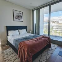 Luxury 3-bed 2-bath, balcony, with pool included, NO PARTIES!