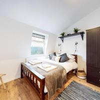 Super 3 bed flat next to Paddington Station