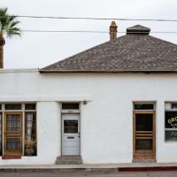 Historic Adobe 3br Home in Downtown El Presidio