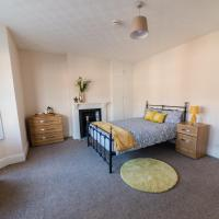 Secure Team Accommodation *free parking and wifi*