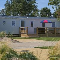 Chalet met 2 slaapkamers en 2 badkamers op Camping de Oase