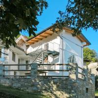 Locazione Turistica Casa del Castagno - NAT400, hotel a Pulfero