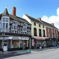 24 Broomfield Road Newport Shropshire