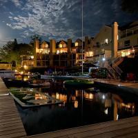 Muskoka Lakes Hotel and Resorts, hotel em Port Carling