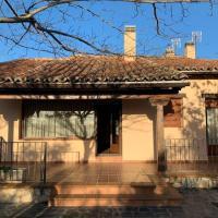 Casa de Campo ideal para desconectar y relajarse, hotel en Torrelaguna