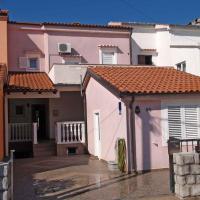 Apartment in Omisalj/Insel Krk 34661, hotel near Rijeka Airport - RJK, Omišalj