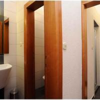 Apartment in Zadar/Zadar Riviera 8146, hotel in Brodarica
