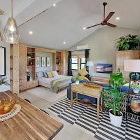 Designer Cottage with Accessible Kitchen & Bathroom cottage