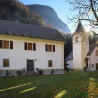 Počitniško stanovanje Pri cerkvi