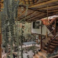 Cinnamon House, hotel em Mindo