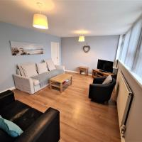 Brownshill Green Apartment - Coventry, 3 Bedrooms, Sleeps 4, Ideal for Contractors, 'Superb' Rating