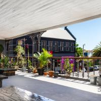 Obz Hotel, hotel in Observatory, Cape Town