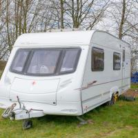 StayZo Modern Caravan on a family friendly site - with Free Wi-Fi in the Chiltern Hills